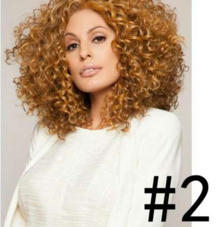 Wavy and Curly heat resistance wigs Lagos Mainland - image 5