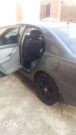 Nigeria Use 2006 Toyota corolla with installed tracking system N1.3m Lagos Mainland - image 4