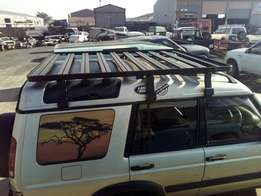 Front runner Roofrack. Fits Discovery