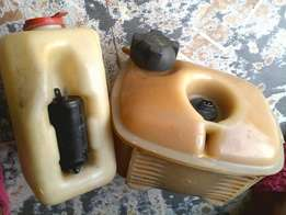 Golf1 radiator and washer water bottles