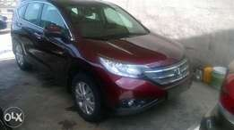 Clean toks 2012 CRV with Reverse camera and Navigation.