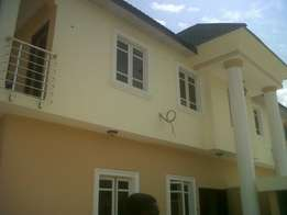 Newly Built Luxury 5bed Rooms Duplex with Bq at Ajao Estate Isolo