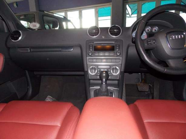 2012 Audi A3 Sportback 1,8 TFSI AMB Stronic for R 199,990.00 Rosettenville - image 7