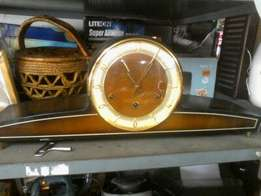 CYRANO mantle clock
