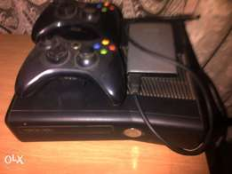4GB Xbox 360 for sale