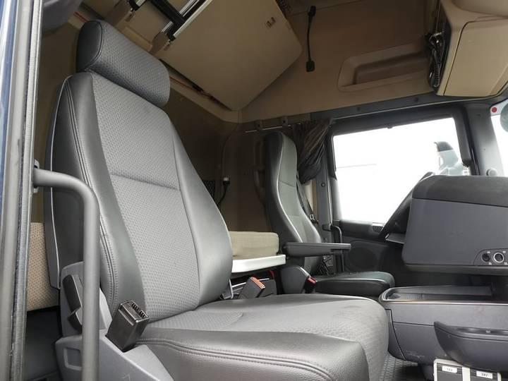 Scania R520 v8 retarder 2x tank - 2014 - image 4