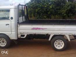 I'm selling hyundai half truck for only R37000.