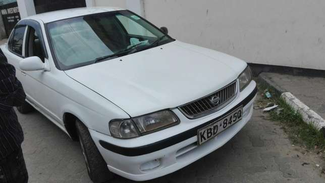 Excellent Nissan Sunny FB 15 Mbaraki - image 5