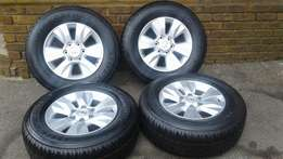 BRAND NEW!!! Hilux/fortuner 2016 rims and tyres.