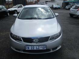 kia cerato 2012 automatic Model,5 Doors factory A/C And C/D Player