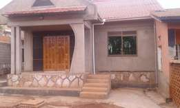 NTINDA: Office: 2 rooms,one bathroom with parcking for rent