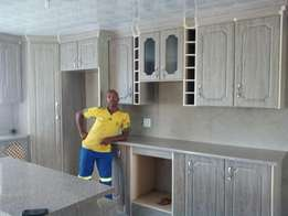 Wrapped kitchen R23 000