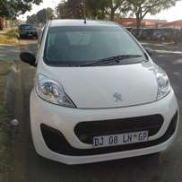 2014 Peugeot 107 with aircon for R52000.00