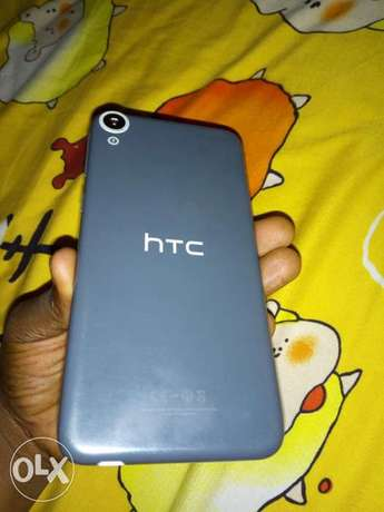 Faultless HTC 820 for sale Warri South-West - image 1