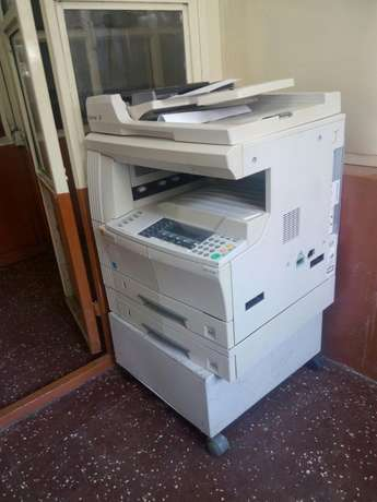 Kyocera km 2050 fully loaded with trolley Westlands - image 2