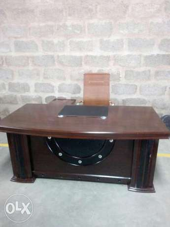 Executive table Donholm - image 2