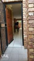 flat to rent in kempton park