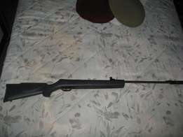 Gamo .177 cal air rifle