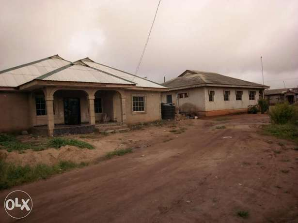 Newly built 3 bedroom house for urgent sale. Ijebu Ode - image 6