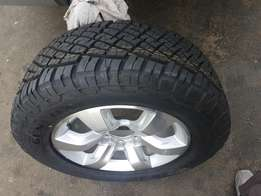 Hi I am Selig my tyre is new with rim 3000