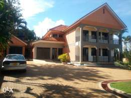 Grand mansion in naguru for sell