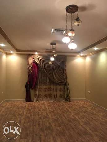 Very beautiful Villa floor for rent in Mangaf