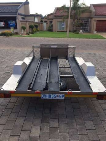 Travel Light Bike Trailer - R11'999 O.N.C.O. Ruimsig - image 2