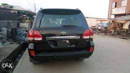 Superclean Toyota Land cruiser 2009 for sale.