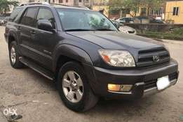 Very Clean Registered 2004 4runner with Reverse Camera