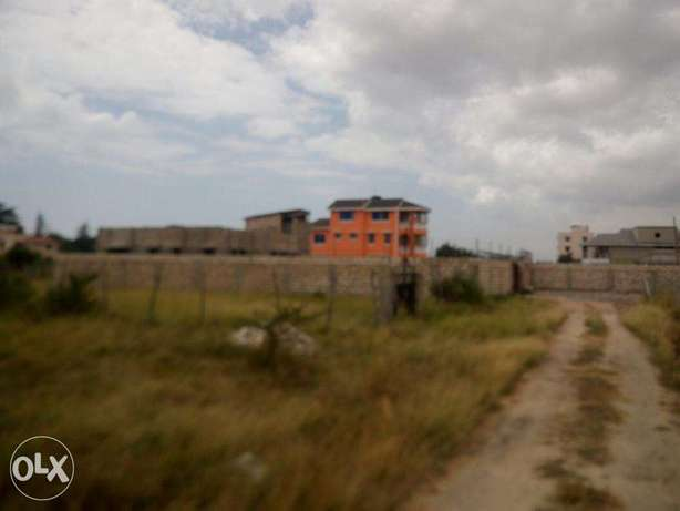 Fenced and Gated 50 x 100 plot near JCC Utange Mombasa Island - image 1