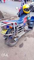 Am selling good and working motorbike. Ready to use