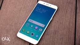 Oppo F1s, 32gb 3gb ram at special offer. 2 months old