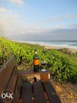 Beach House for Holiday Rent in Glentana Hills - APRIL SPECIALS!!