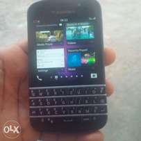 Fresh Original Blackberry Q10