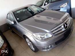 Mercedes Benz C200 with sunroof