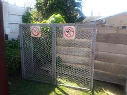 Gas cage. Heavy duty palisade gate