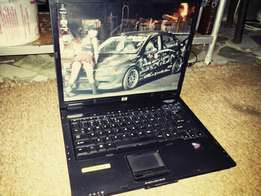 R1100 HP Compaq nc6325 in good condition