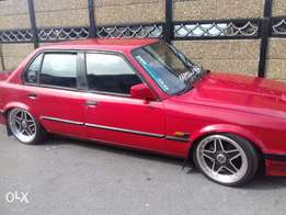 box shape 320i for sale
