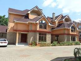 Town Houses 5bd all ensuite dsq family room Cooker let lavington