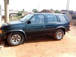 Lovely Nissan pathfinder Jeep First body with sand engine.