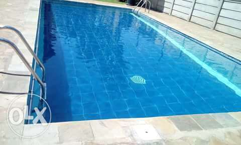 Swimming pool cleaning service Lavington - image 1