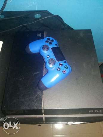 ps4 with complete accessories Amuwo Odofin - image 1