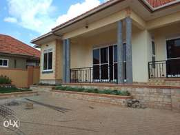 Kira house with honour for sell at 298m