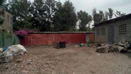Plot for sale: 100 by 100 sq ft (1/4 an acre) Kamiti road