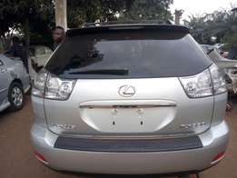 Super clean tokunbo R X. 330 Lexus jeep for sale accident free full op