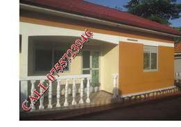 Strategic 2 bedroom 2 baths house in Namugongo at 600k