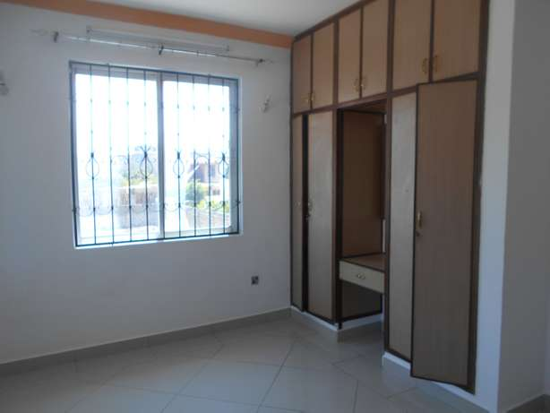 A beautiful 3 bed roomed apartment in Nyali Ganjoni - image 4