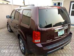 A very clean Honda Pilot09/10 up for grab.