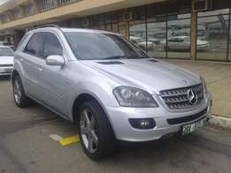 2008 Mercedes Benz ML500 Auto