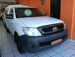2009 Toyota Hilux 2.0 VVT-i Immaculate Condition!!